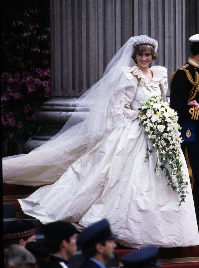 engagement-ring-of-diana-princess-of-wales-11